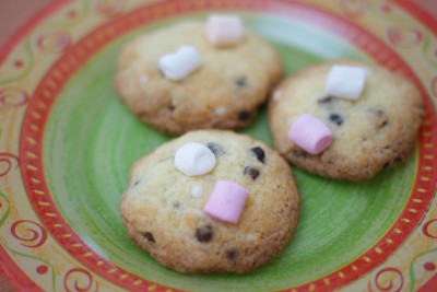 Cookies mini-chamallows et billes de chocolat