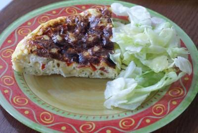 Omelette pâtes, tomates, fêta